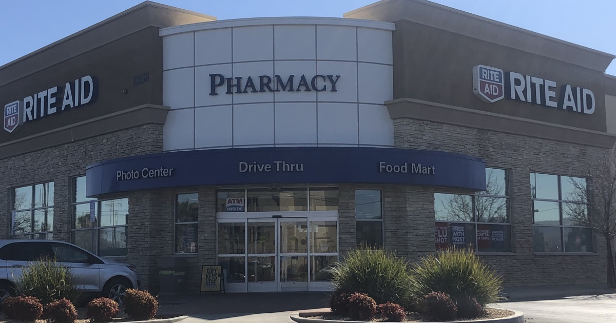http://popular%20store%20shopping%20guides%20–%20Rite-Aid%20Store%20front