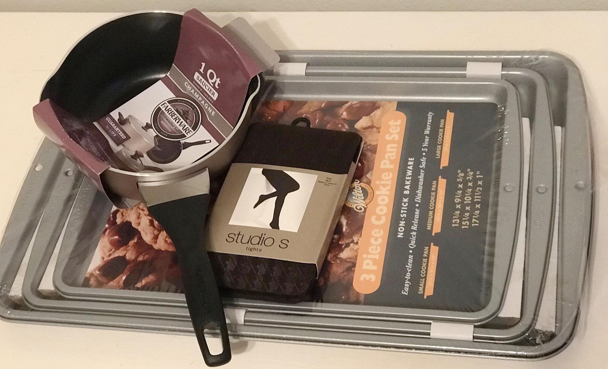 cookie sheets, studio s leggings, and a 1-quart pan