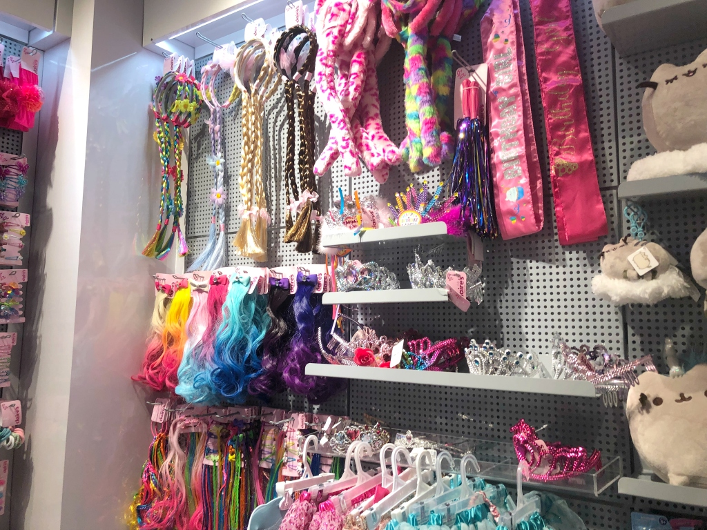 Claire's In Store