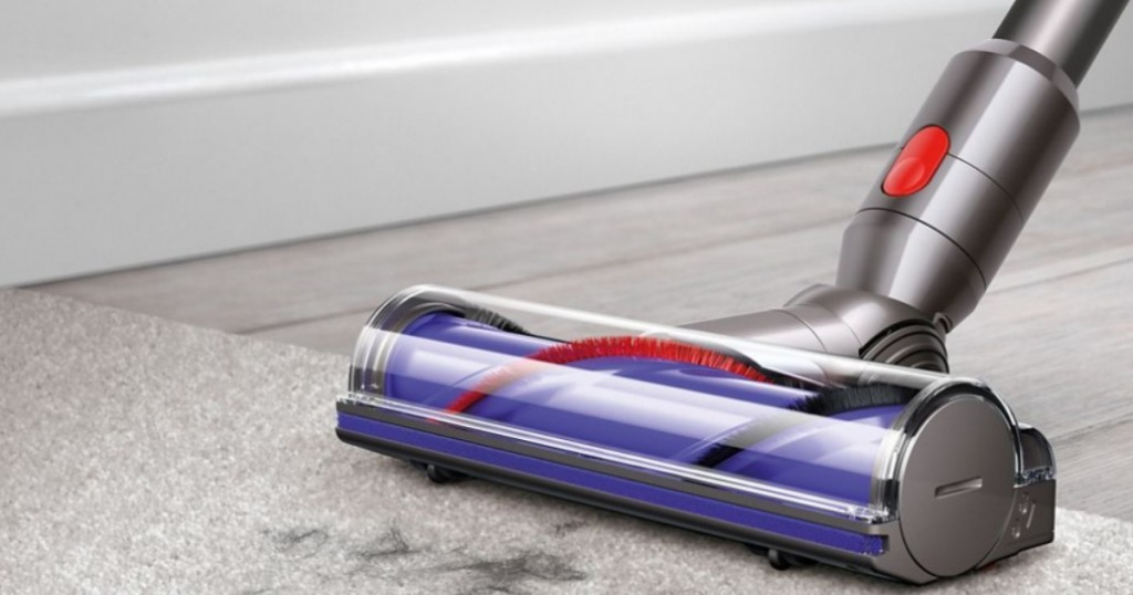 Dyson V8 Absolute vaccuming over hair