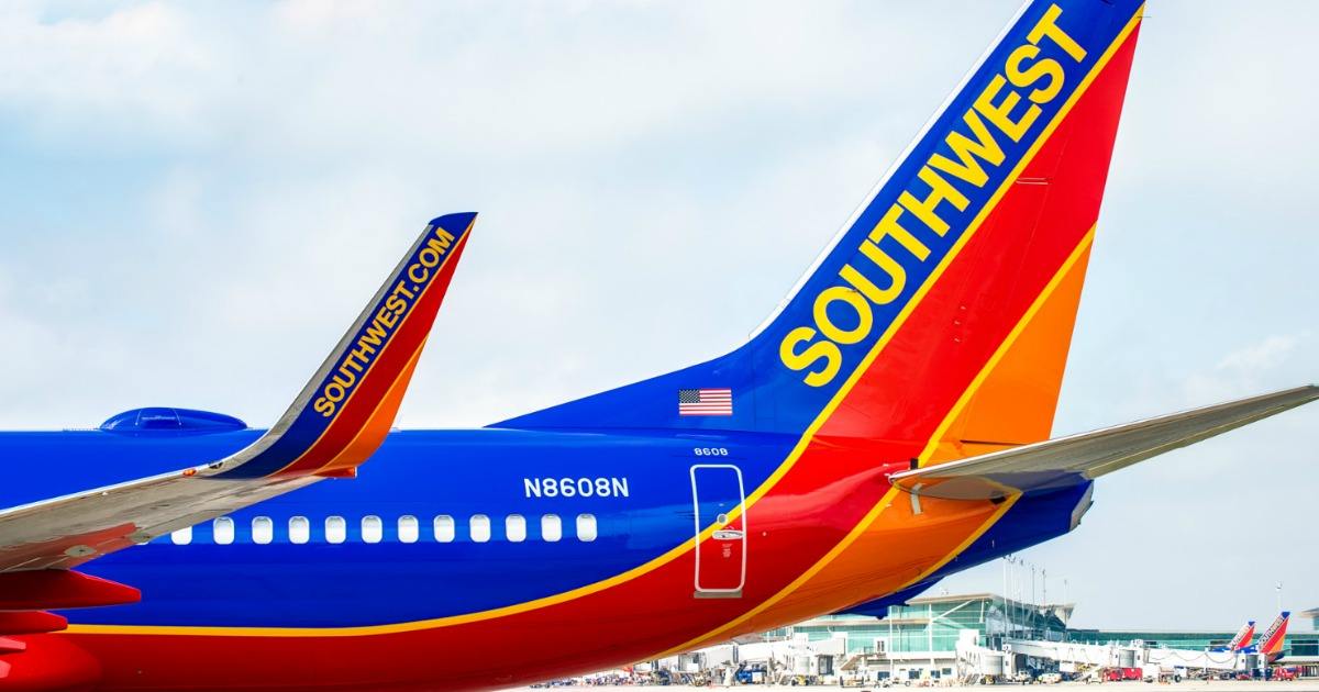 Stores, restaurants, hotels, and other places that offer senior discounts – southwest airlines plane