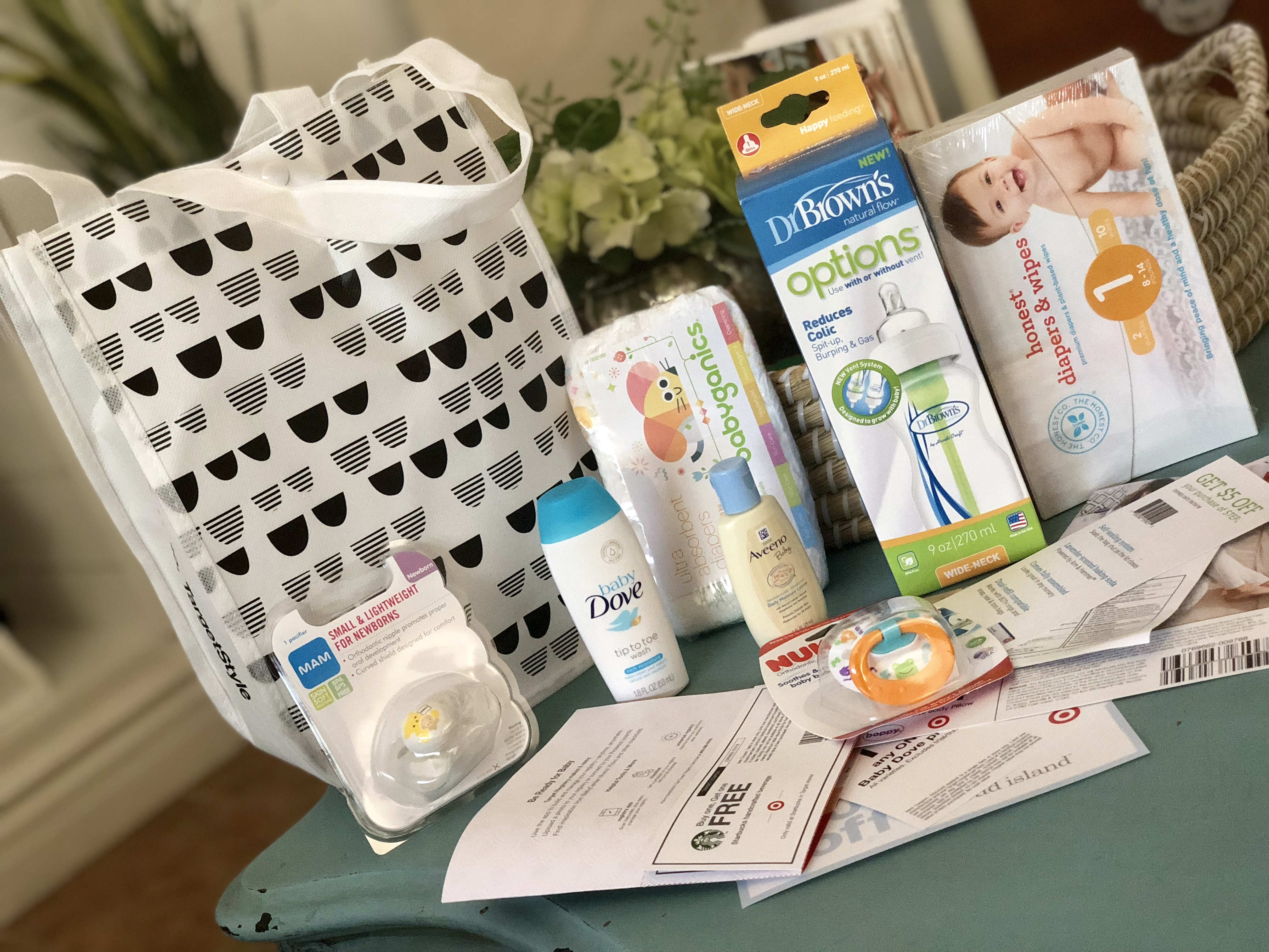 Get a free Target Baby Bag with a baby registry – items we received in our free bag