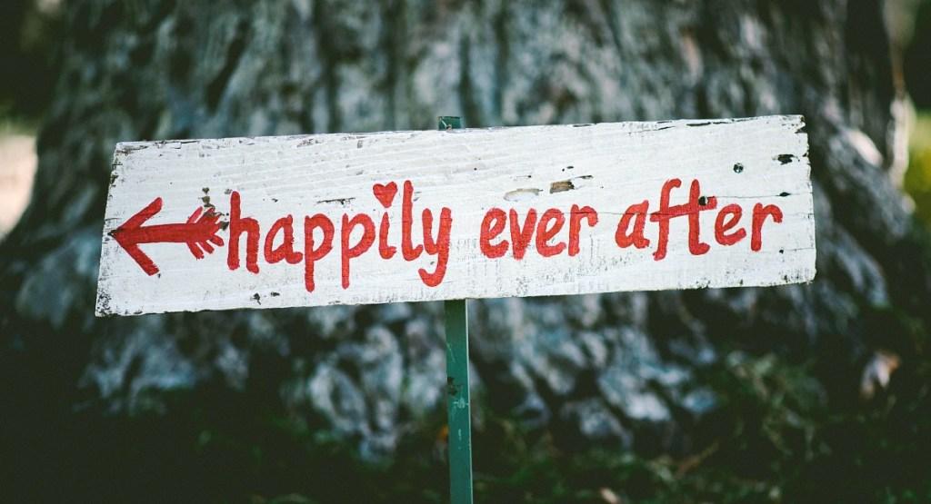 budget wedding tips hip2save