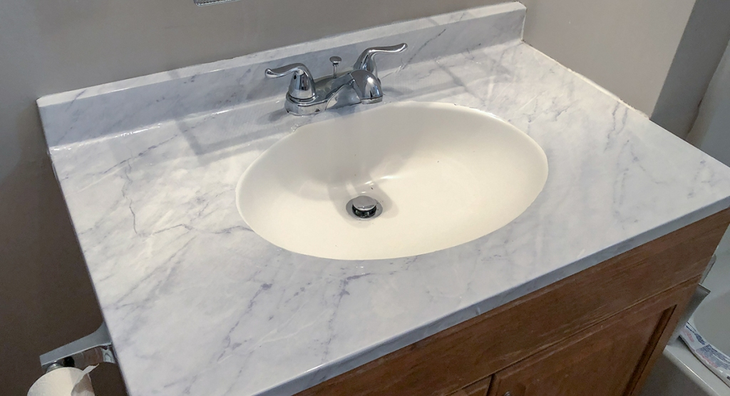 How I Transformed My Ugly Ed Countertop For Hip2save