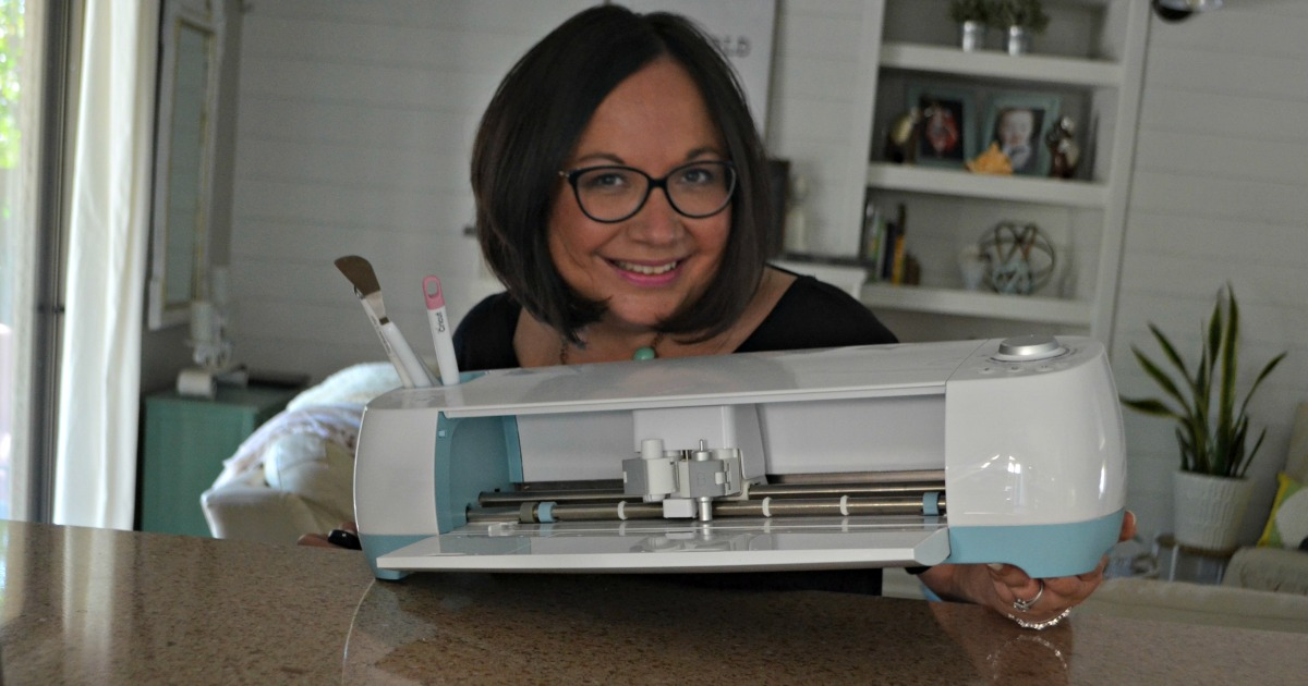 Lina with her Cricut
