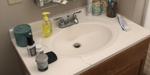 How I Transformed My Ugly Cracked Countertop For CHEAP