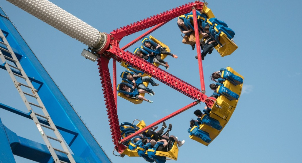 free summer activities for kids — amusement park