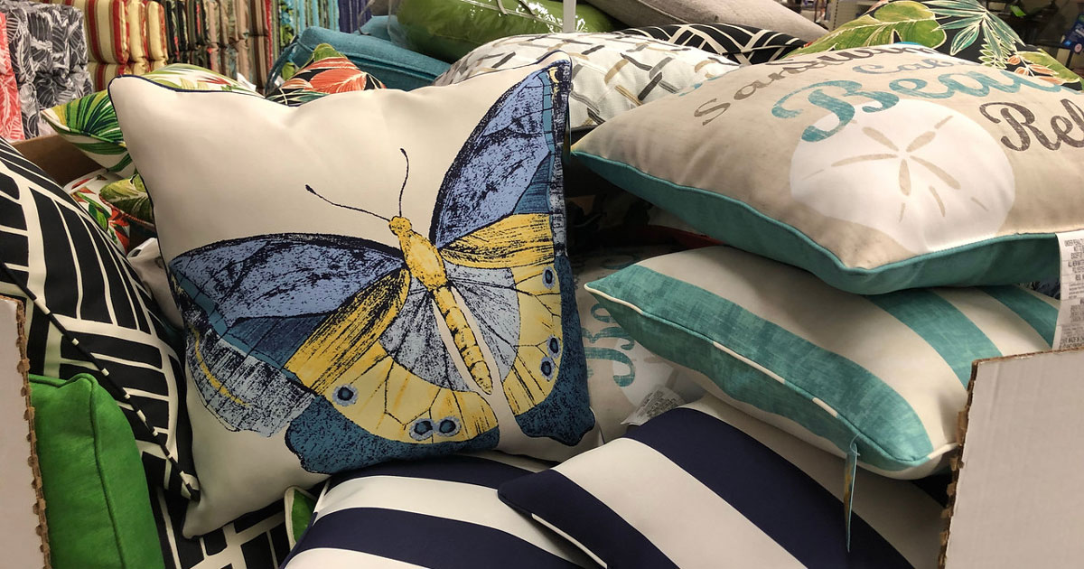 Big Savings On Outdoor Throw Pillows Patio Sets More At Big Lots Online In Store Hip2save