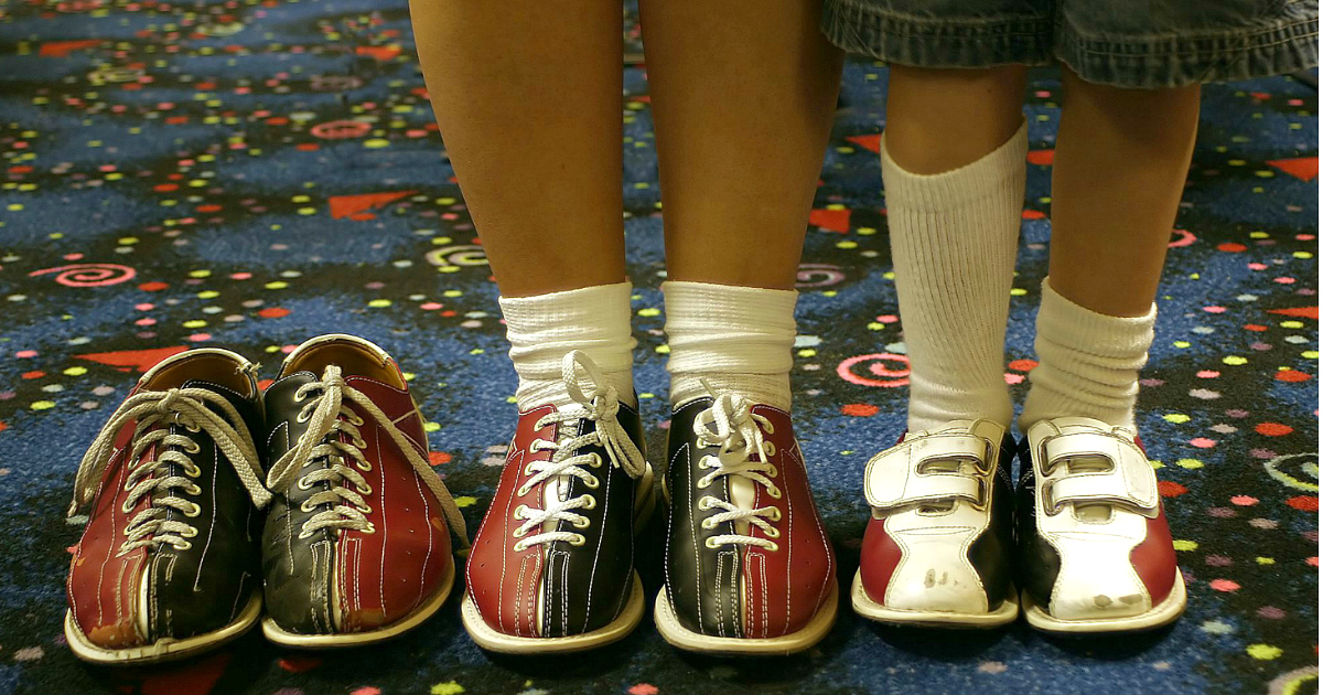 Fun free activities for kids to do in summer include bowling.
