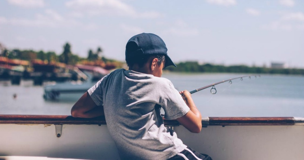 free summer activities for kids — free fishing days