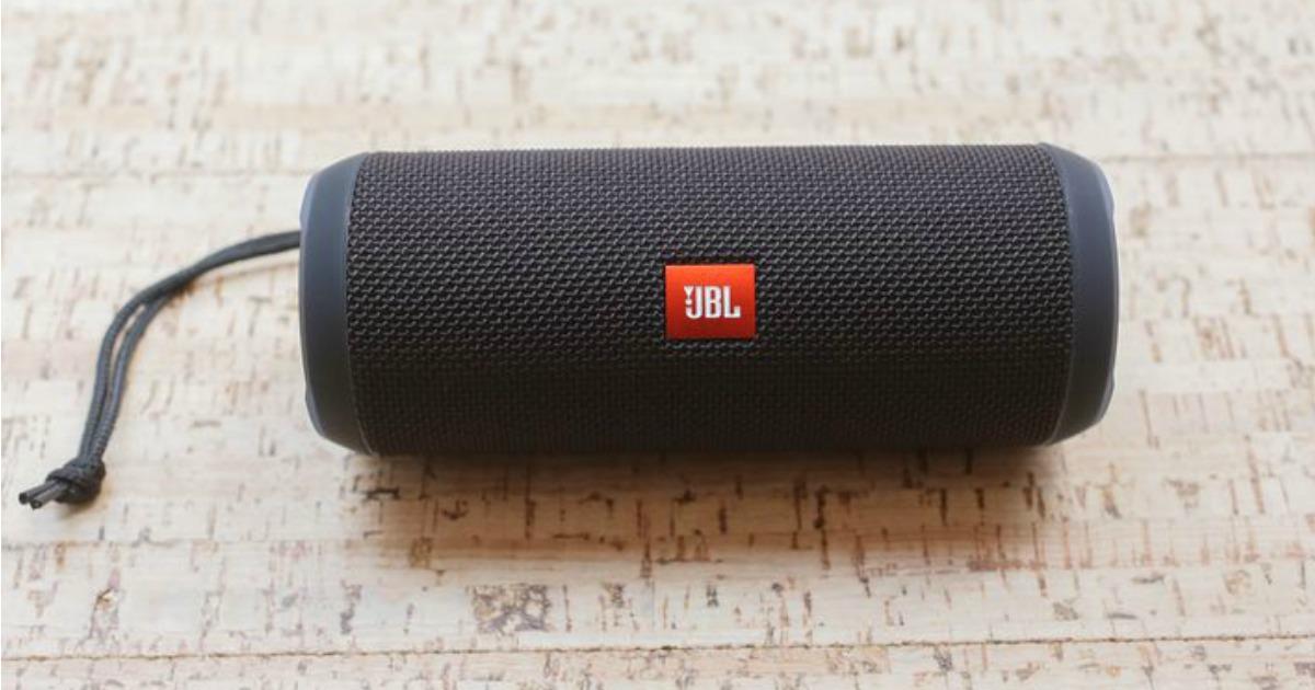 Amazon Jbl Flip 3 Splashproof Portable Bluetooth Speaker Just 59 99 Shipped Regularly 100 Hip2save