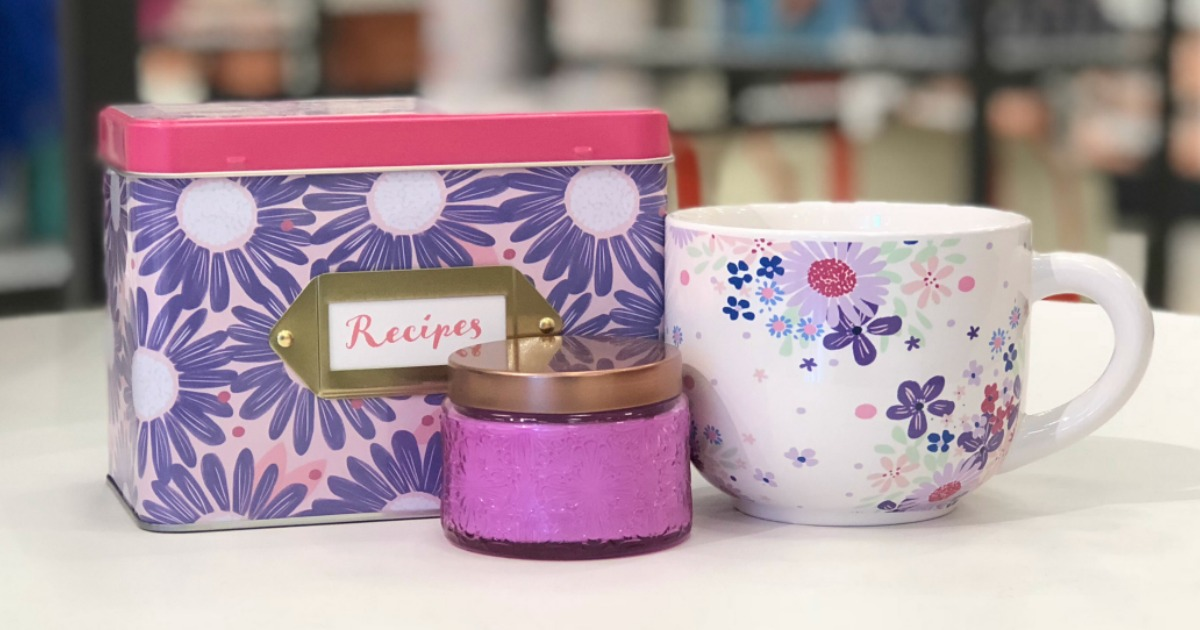 Mother's Day Gift Ideas pictured like a recipe box and a mug