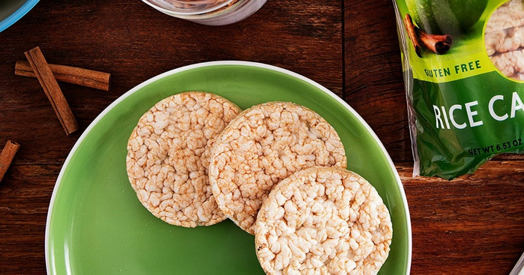 three rice cakes on green plate