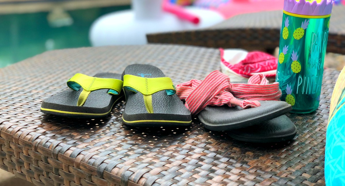 favorite budget flip flops - sanuk