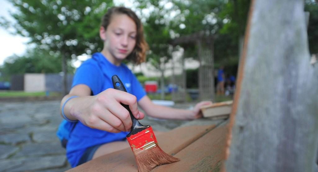 free fun summer activities for kids — volunteering