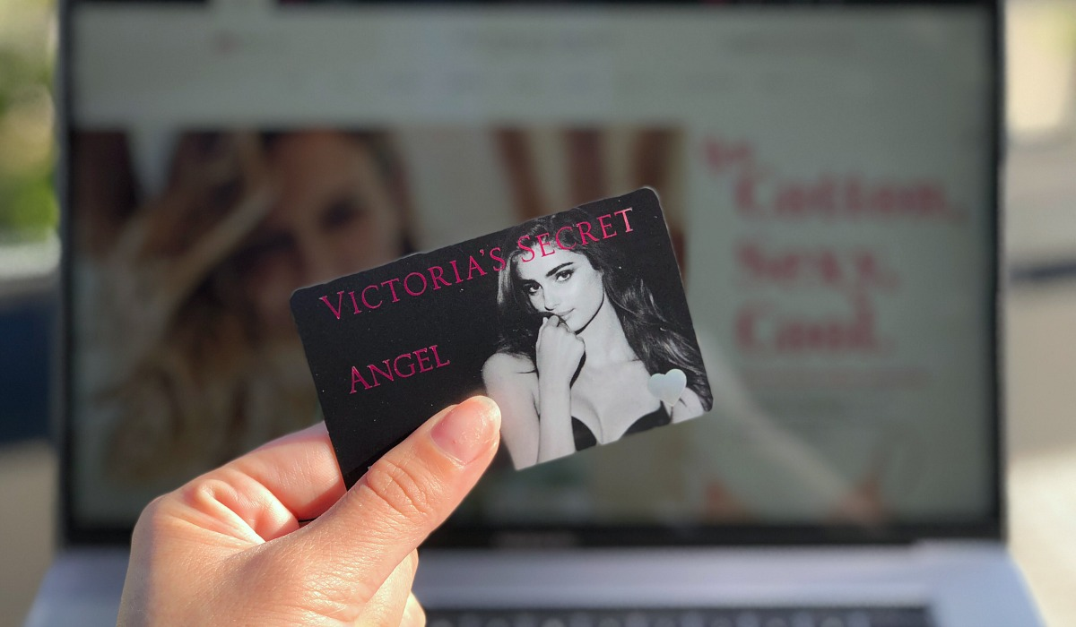 Collin's money-saving shopping tips for Victoria's Secret — sign up for the angel card