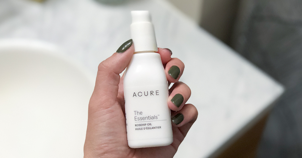 skincare acure review – rose hip oil bottle closeup