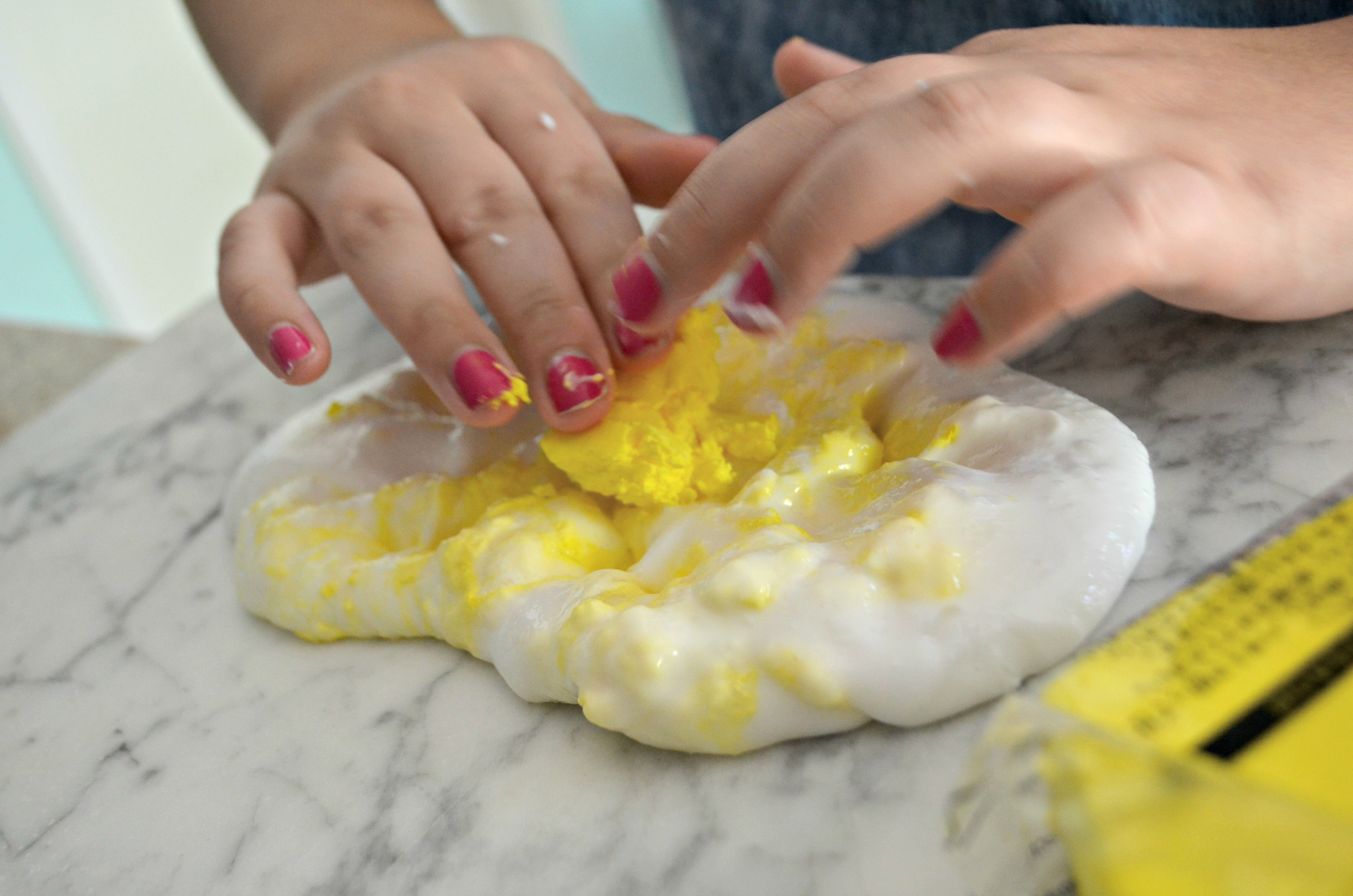 Make diy butter slime using clay – Adding in clay
