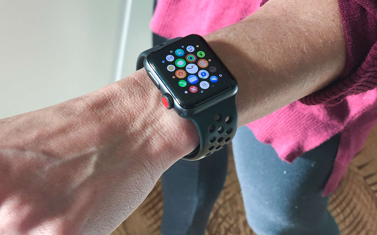 stay connected with an apple watch - collin's favorite things — apple watch