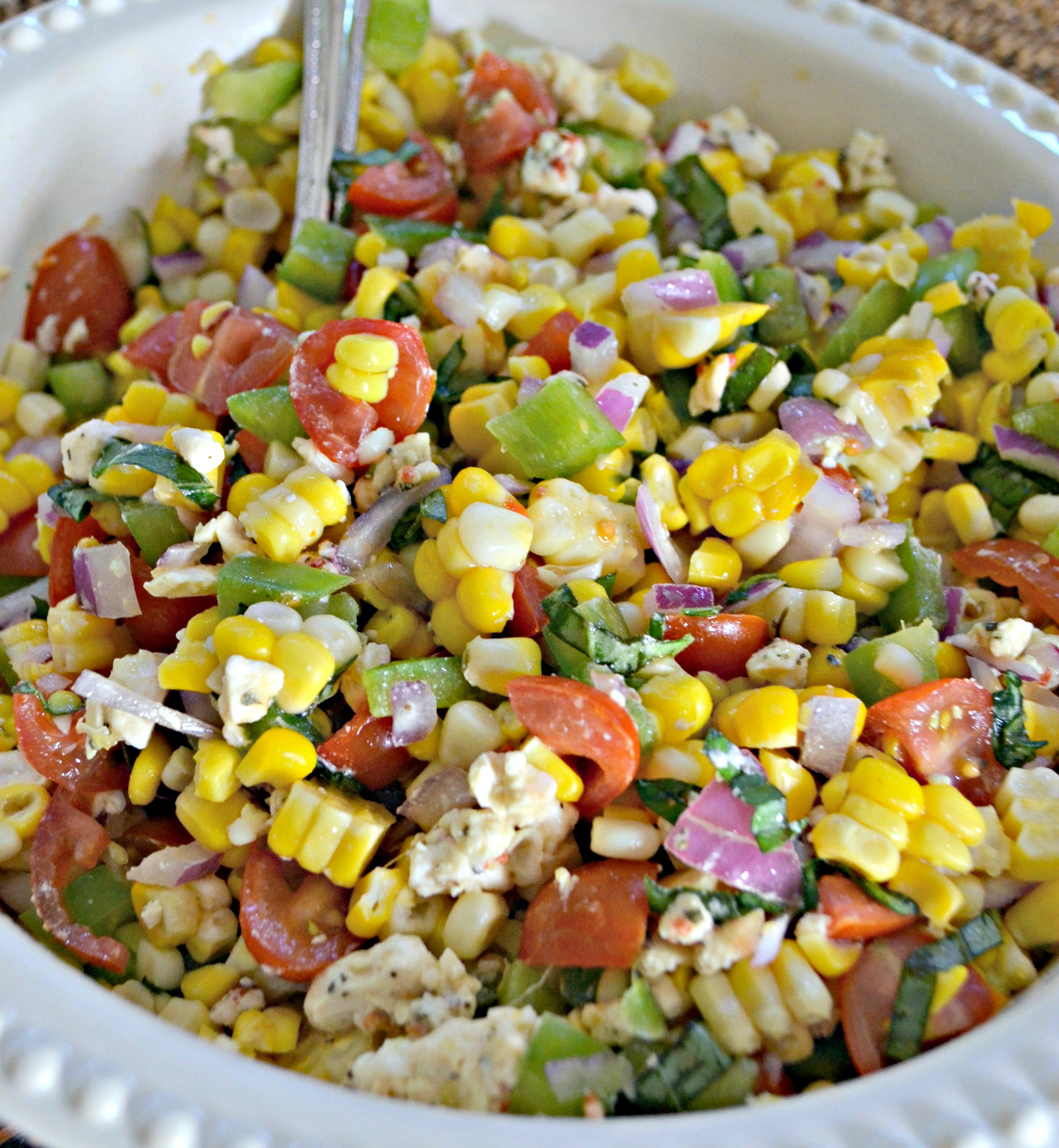Easy Fresh Summer Corn Salad – in a bowl ready to serve