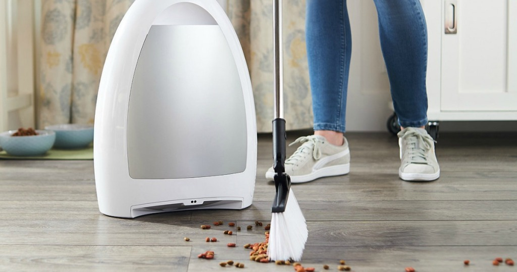 EyeVac Home Touchless Sensor Activated Vacuum with Broom
