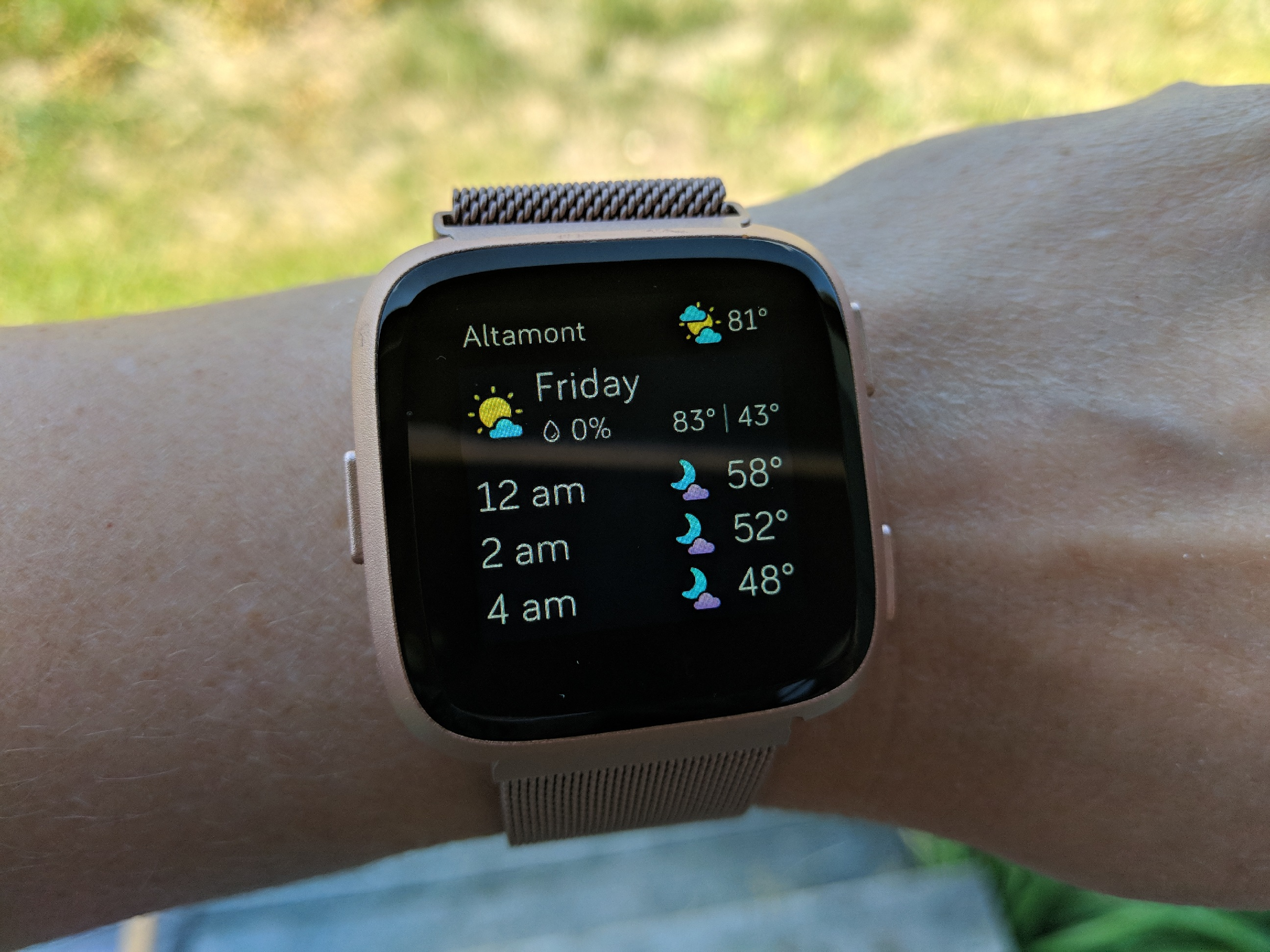 apple watch or fitbit versa? - weather face on the Versa