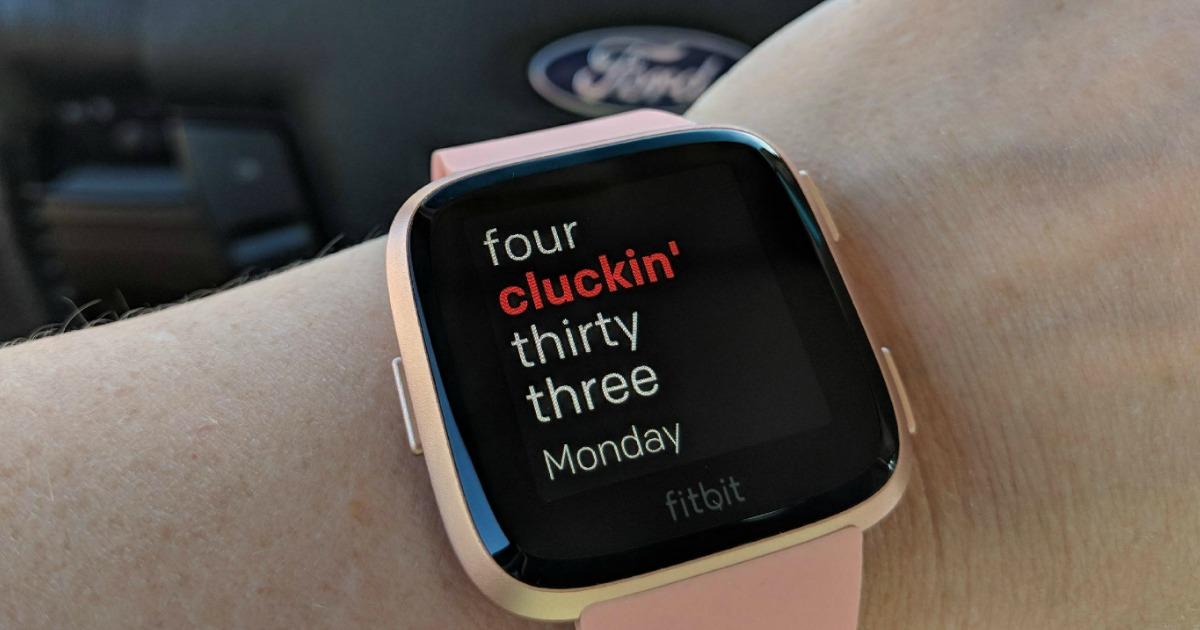 apple watch or fitbit versa? - Fitbit versa watch face
