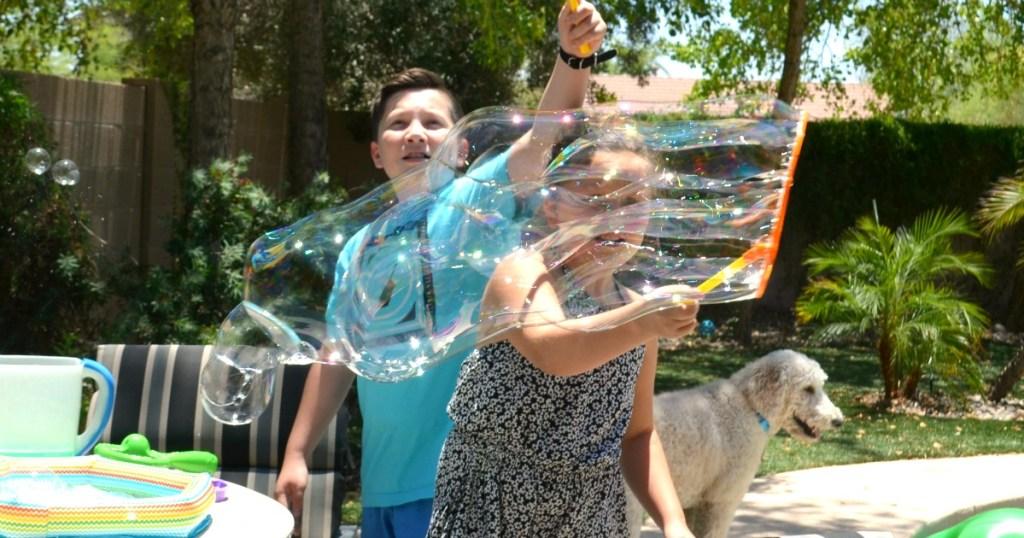 EASY DIY Bubble Solution