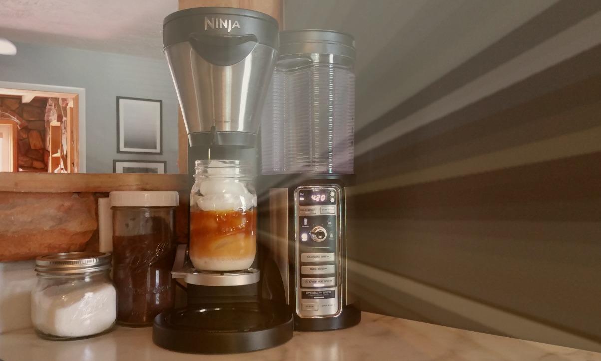 ninja coffee bar review | iced coffee