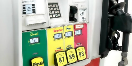 Road Trip Anyone? 12 Simple Tips to Save Money on Gasoline