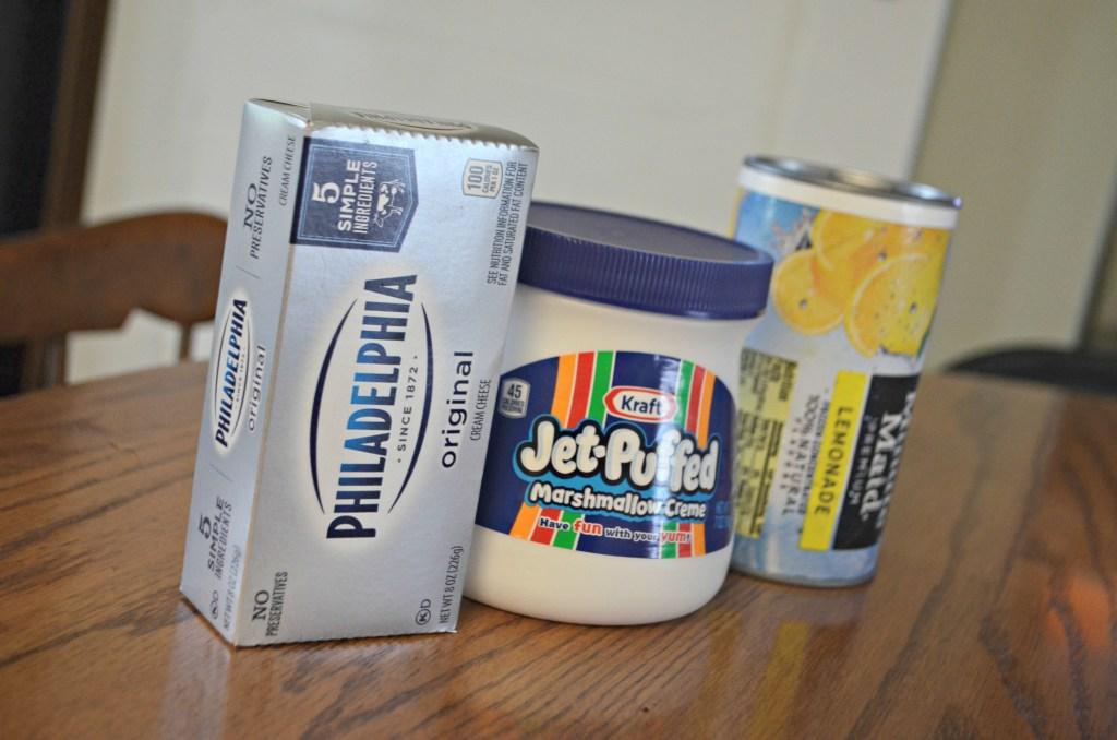 3 ingredient Lemonade Fruit Dip