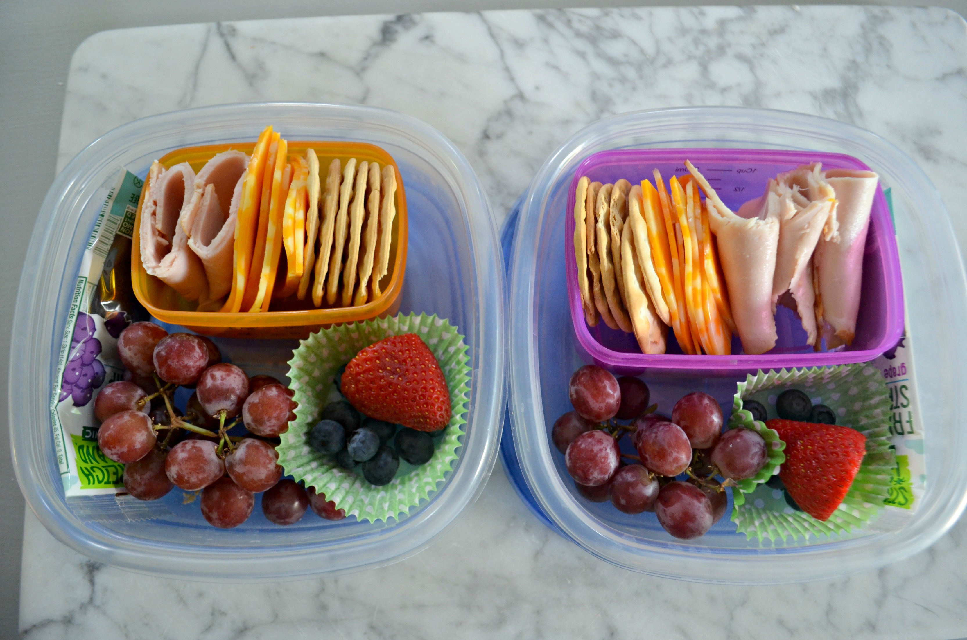These school clever lunch box hacks are so easy – make your own Lunchables