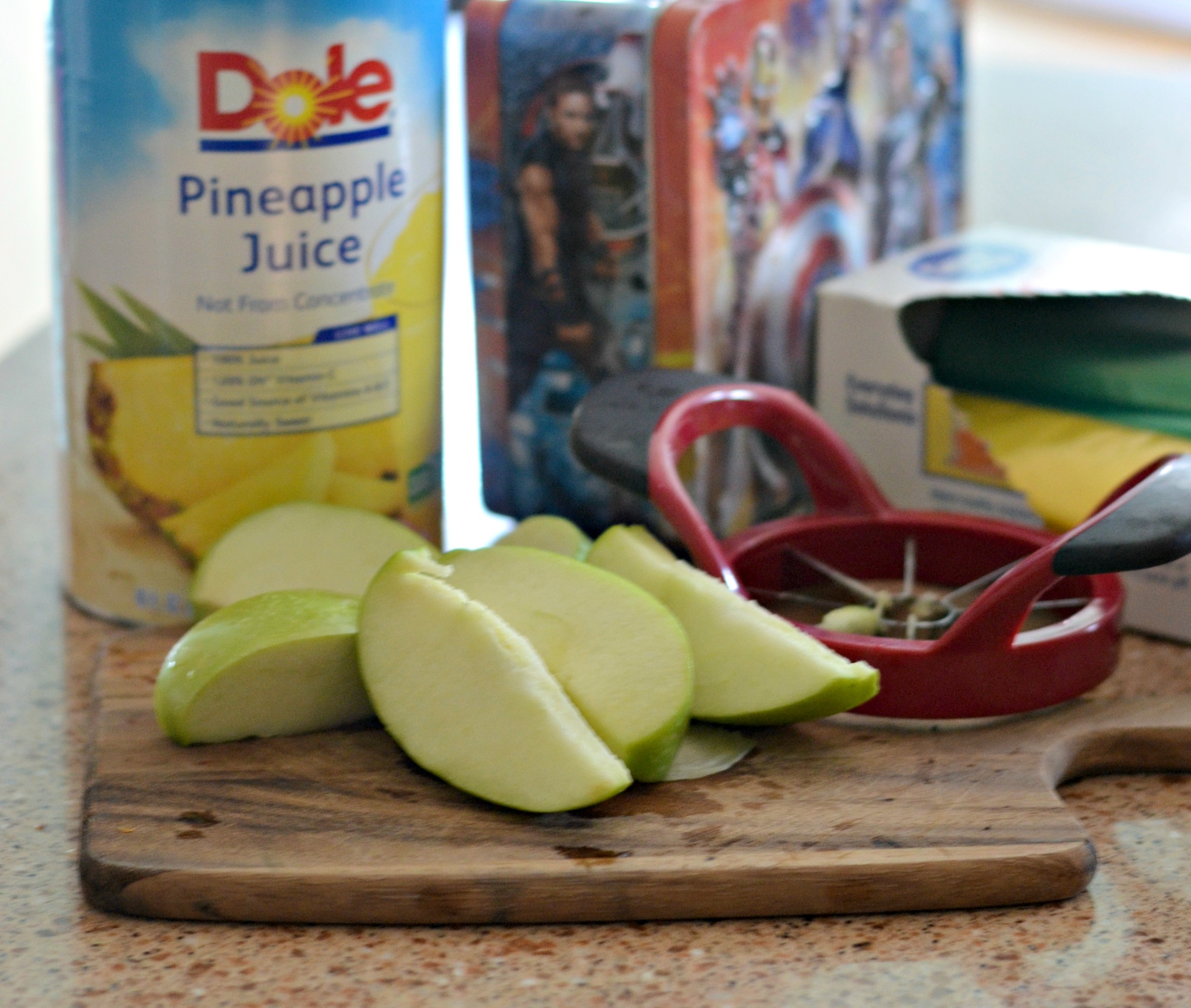 These school clever lunch box hacks are so easy – sliced apple