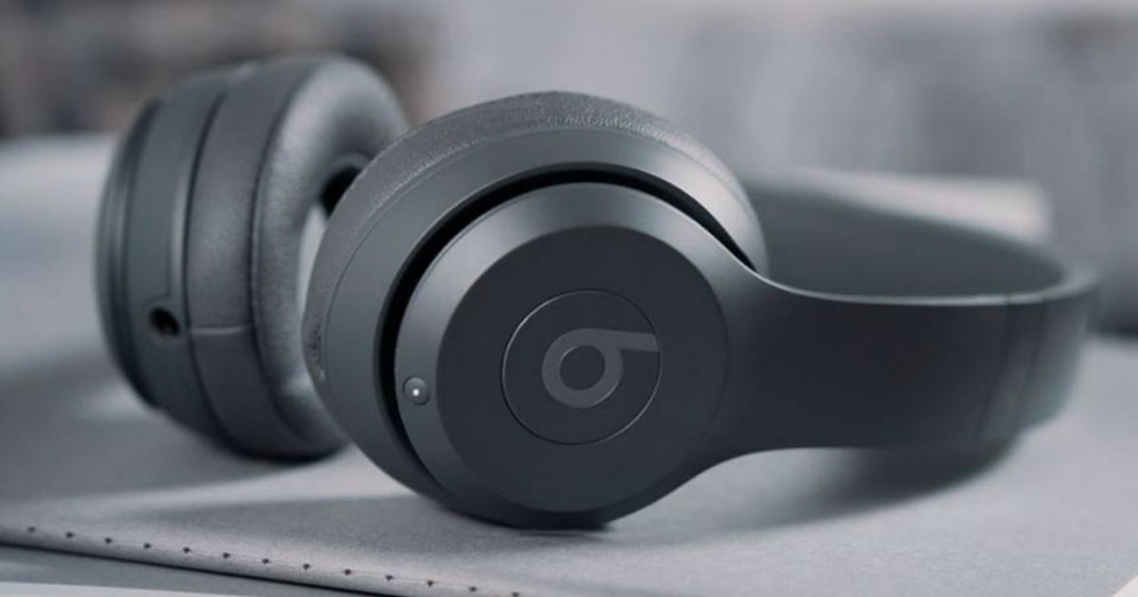 Beats Solo3 Headphones laying on desk