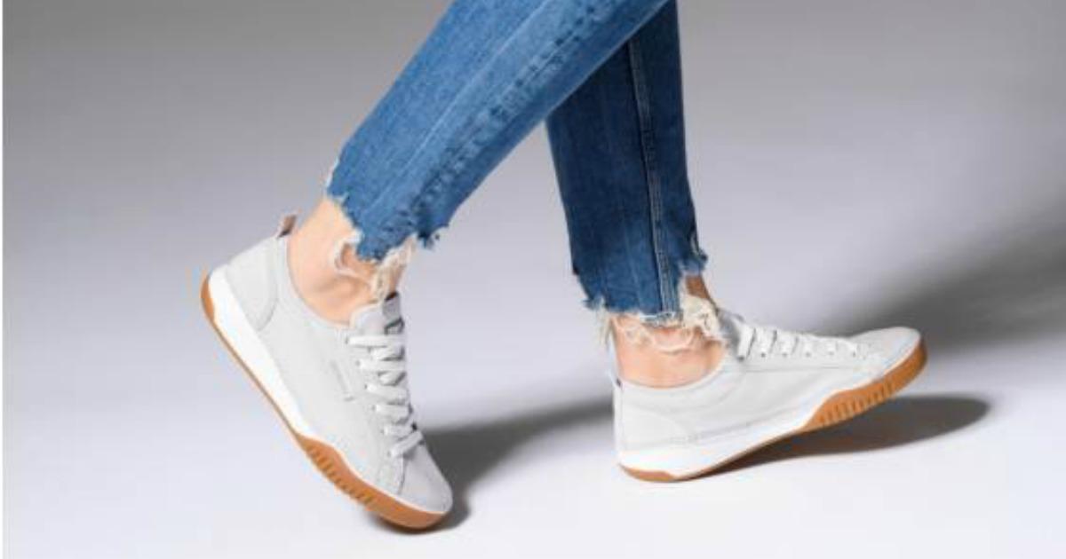 Columbia Women's Bridgeport Shoes Only