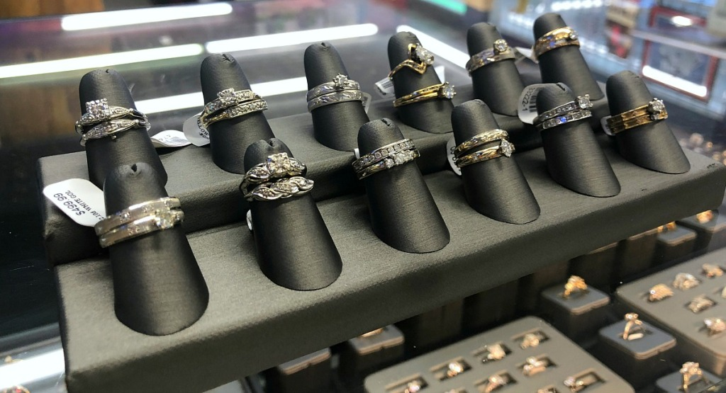 wedding ring buying tips — pawn shop engagement and wedding ring selection out of case