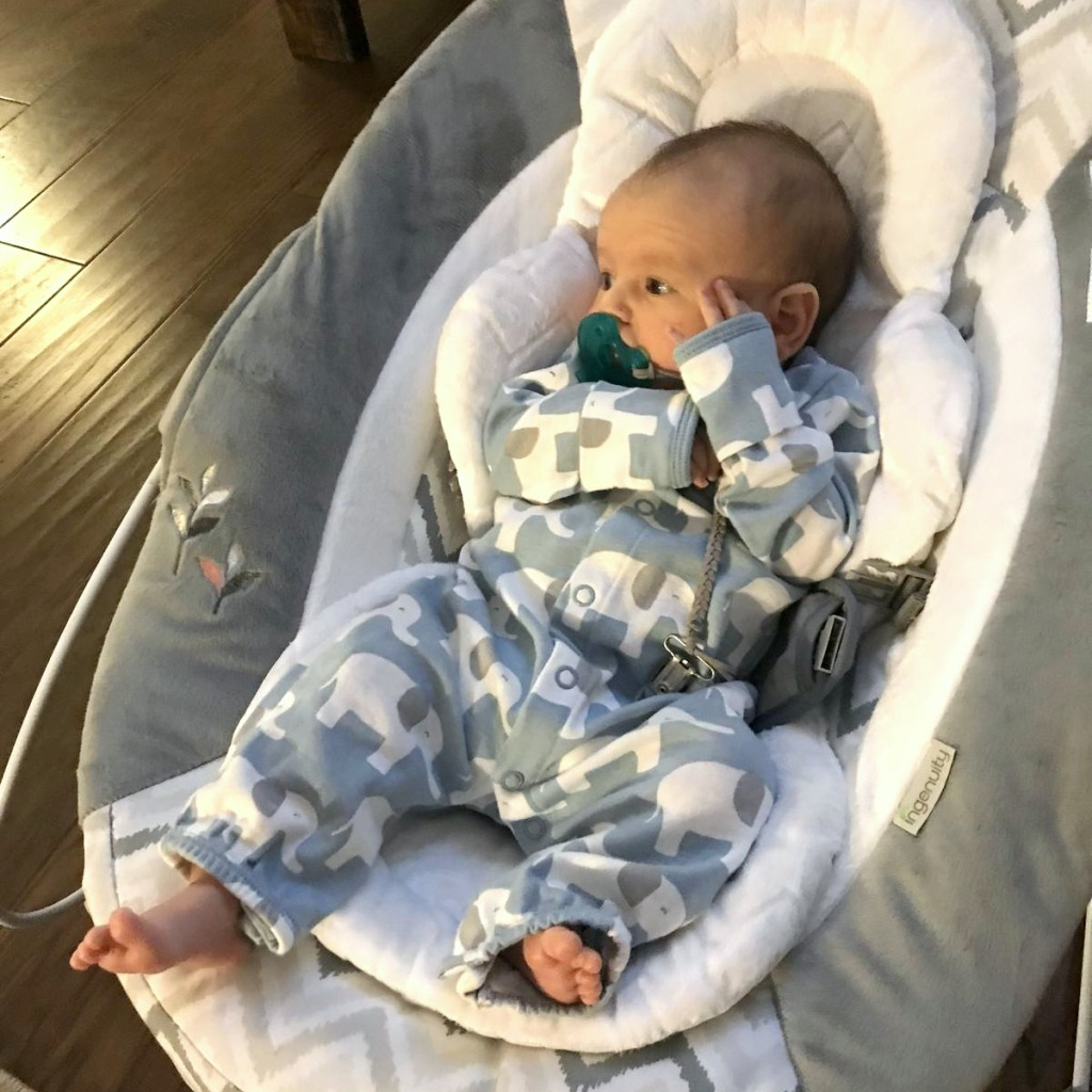 baby registry must haves — baby bouncer seat