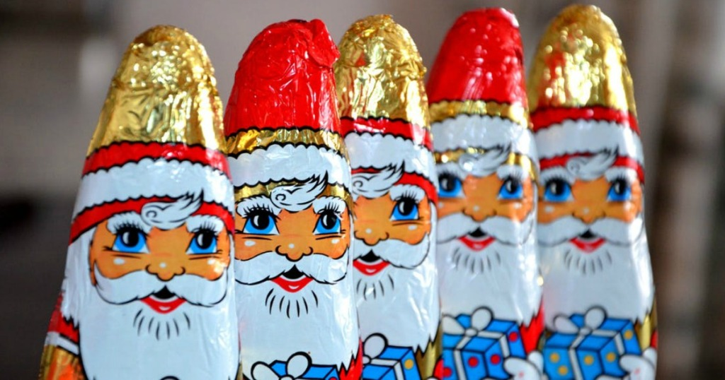 our best tricks to budget for christmas — Golden Chocolate Santas