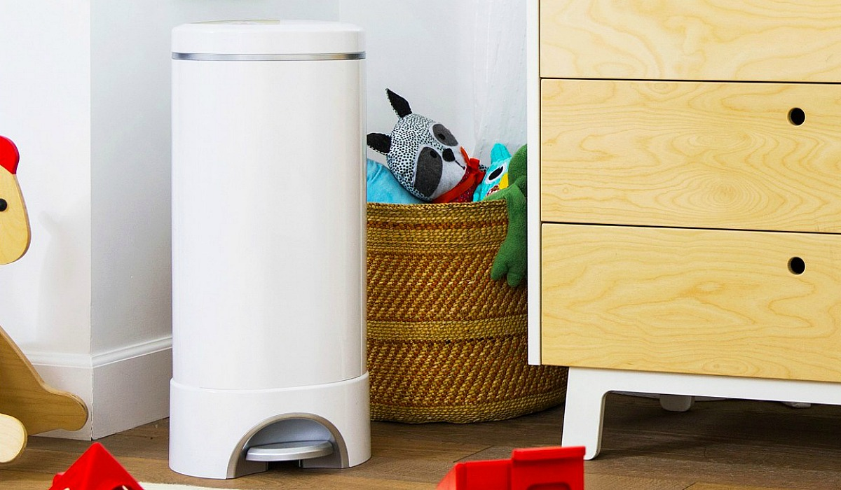 baby registry must have items to register for do not include this munchkin diaper pail