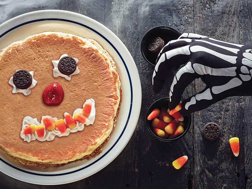 2018_IHOP_scaryface_pancake