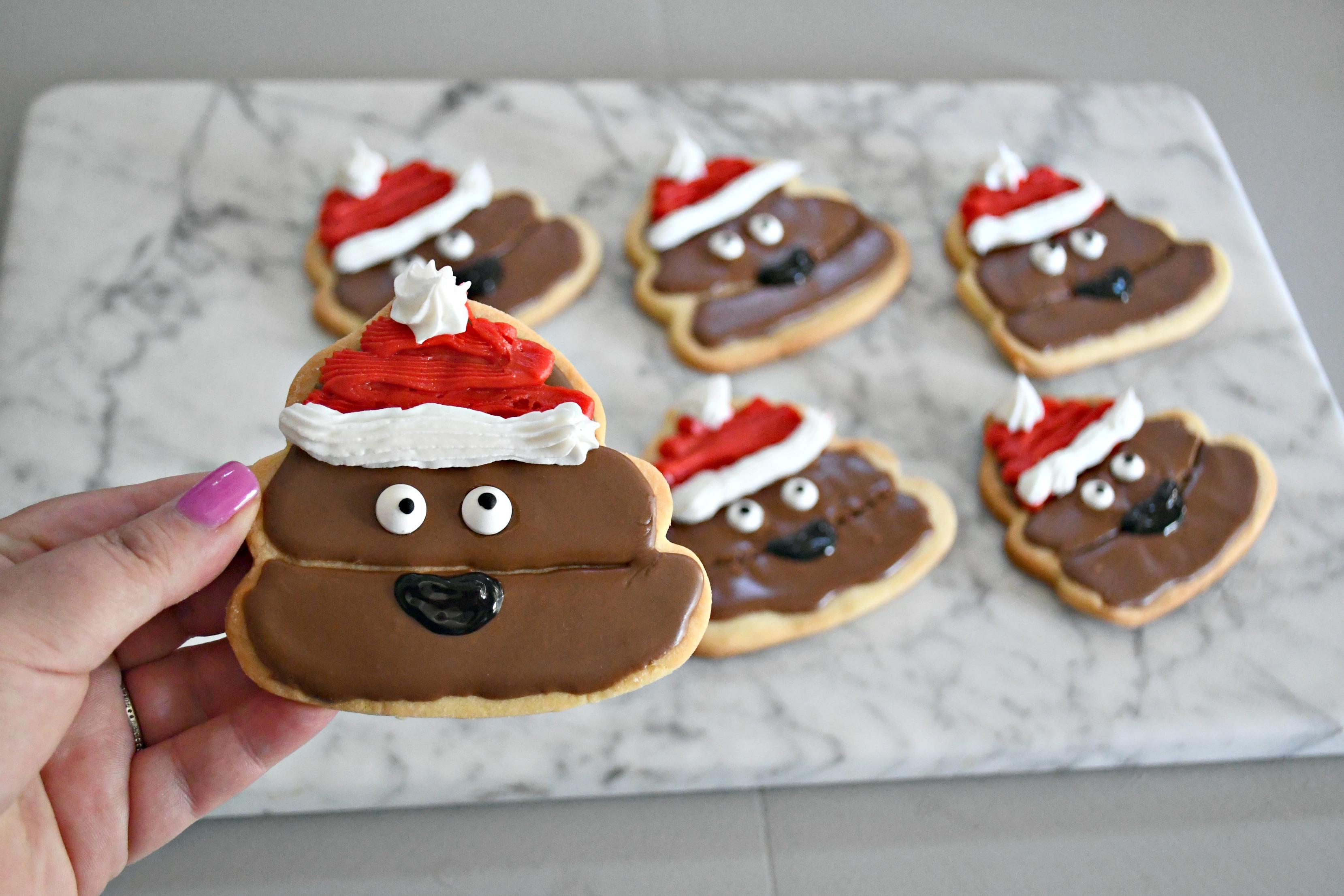 DIY Poop Emoji Santa Christmas Cookies – Closeup of completed cookies