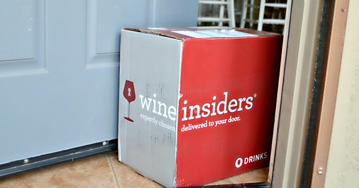 6 bottles award winning wine free corkscrew – Wine Insiders box on a front doorstep