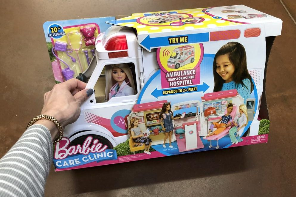 Top 2018 Christmas Toys for Amazon - Barbie Care Clinic