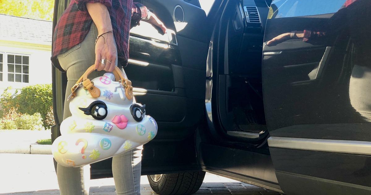 hot 2018 amazon christmas toys — collin holding pooey puitton purse toy