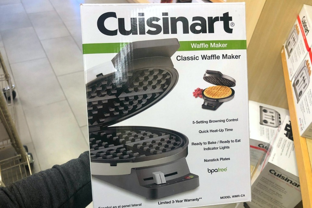 gift guide chef cook — cuisinart classic round waffle maker
