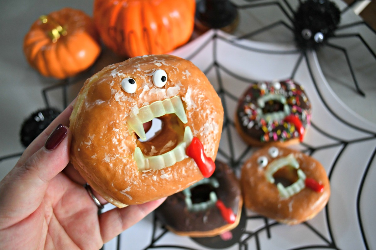 These Spooky Vampire Donuts Halloween Treats are an easy and fun treat idea – closeup of the donut