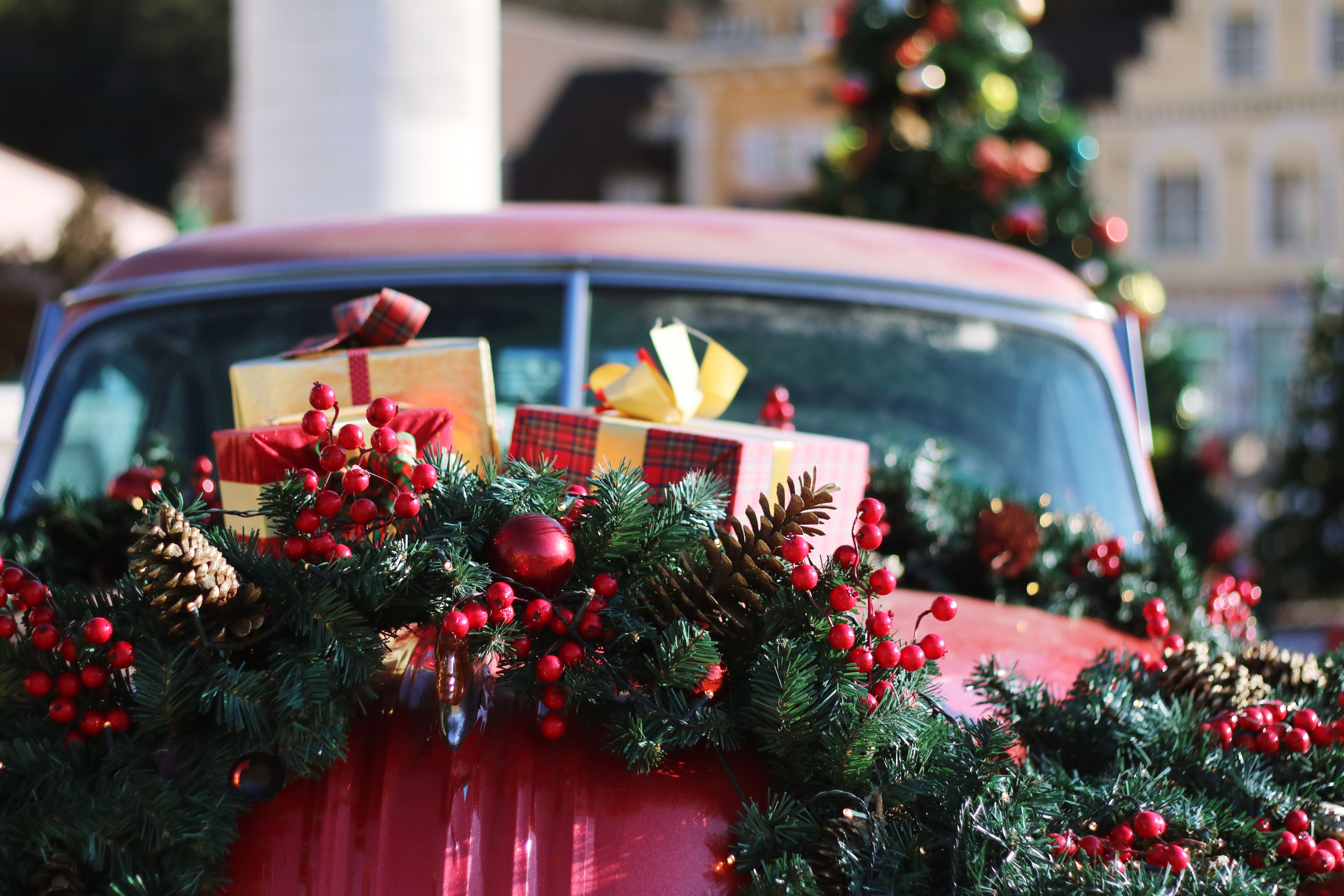 earn money for Christmas with Lyft and Uber