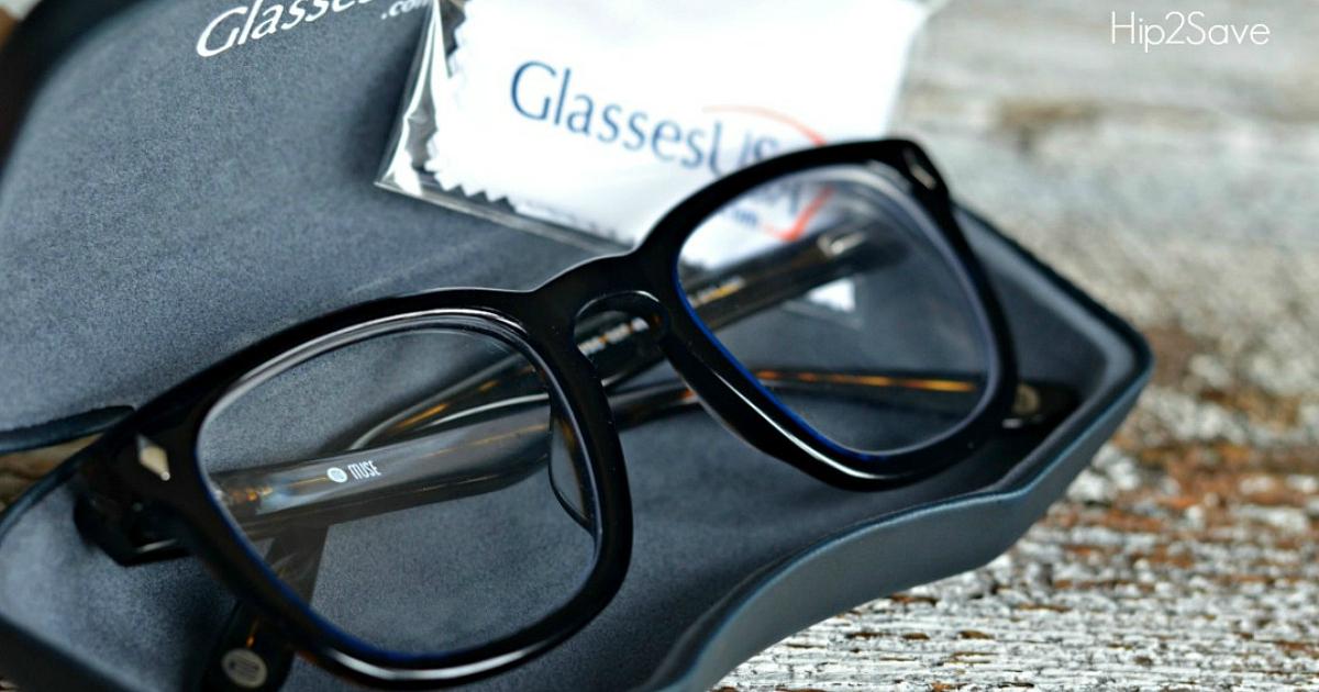 glassesUSA glasses in an open eyeglasses case
