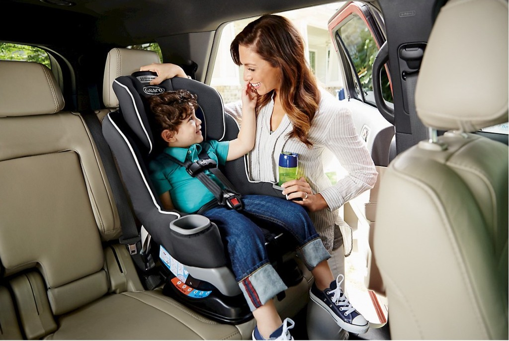 Graco Extend2fit with larger toddler seated in it