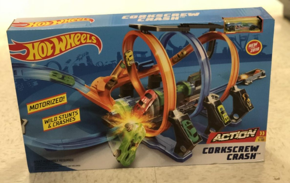 Top 2018 Christmas Toys for Amazon - Hot Wheels Corkscrew Crash toy